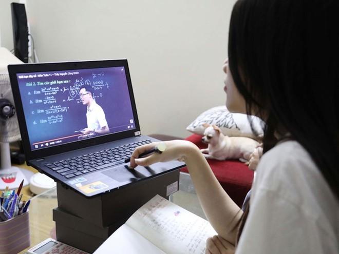 Báo cáo PISA: Học trực tuyến là thách thức trong dịch Covid-19
